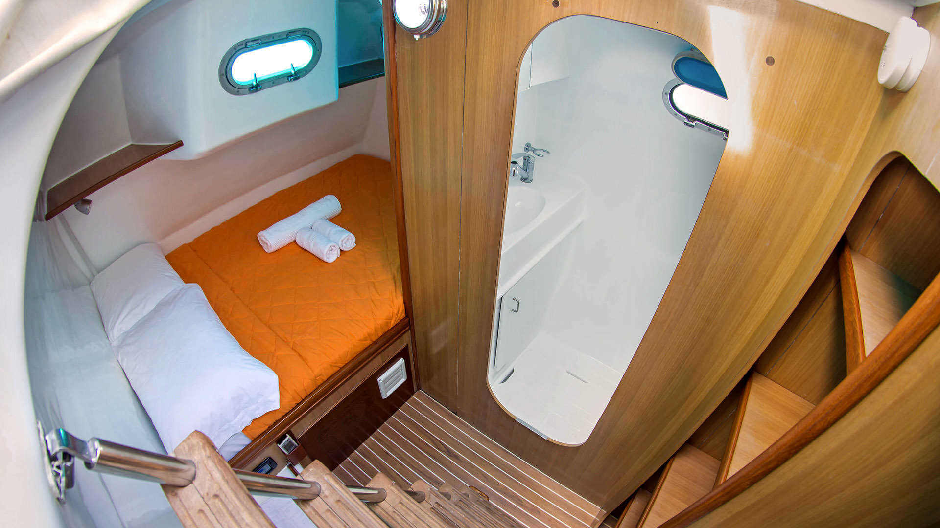 Availability Nemo 1 Catamaran